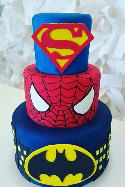 superhero-birthday-cake