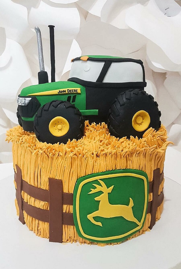 John Deer Tractor Cake Johnsons Custom Cakes