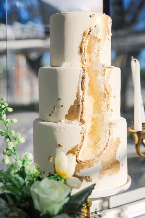 gold geode wedding cake